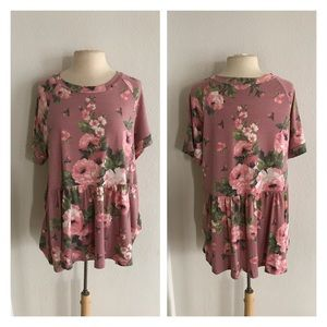 Tops - (Plus) Floral babydoll top