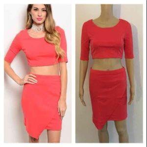 Dresses & Skirts - NEW Coral 2 Piece Skirt Set