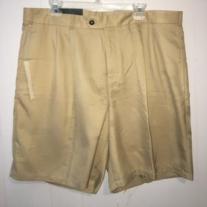 Lyle & Scott Other - Mens NWT Lyle & Scott khaki shorts 38