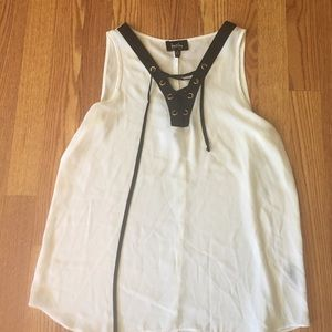 White lace up tank