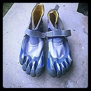 Vibram Other - VIBRAM.Five fingers shoes. Euro 45