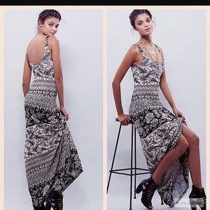 Novella Royale Dresses & Skirts - Novella Royale Babs dress in Black