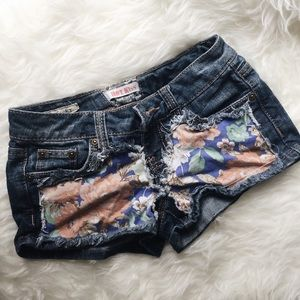 Hot Kiss Pants - Floral🌻low rise denim shorts