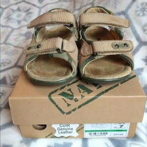 Beeko Other - Boys toddler sandals