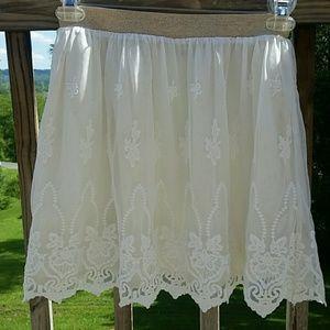 Boden  Dresses & Skirts - Boden Johnnie B Girls Cream Lace Skirt sz 15 / 16
