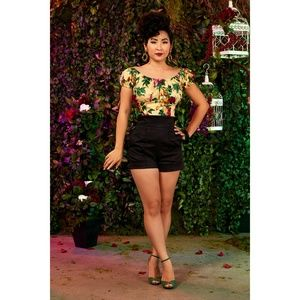 Pinup Girl Clothing Pants - Laura Byrnes High Waisted Shorts Black Sateen Med