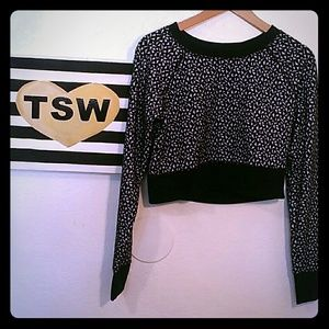 MOSSIMO CROP TOP SWEATER Blk & Wht medium