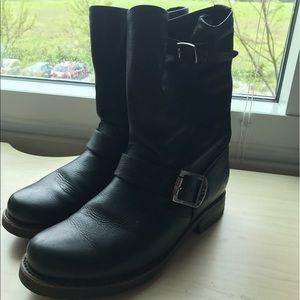 Size 6 black Moto frye boots