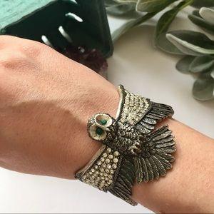 Jewelry - Unique adorable owl bracelet with jewels