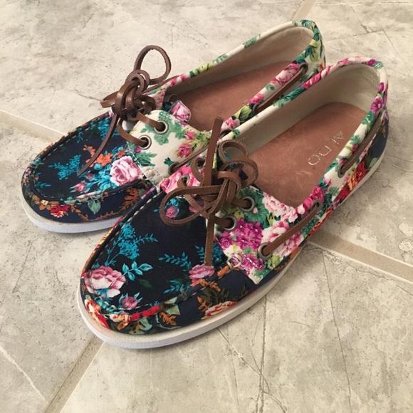 b3efb952942a New ALDO floral boat shoes