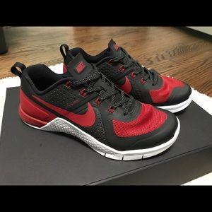 Nike Shoes   Nike Metcon Banned Womens