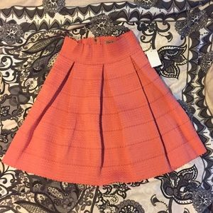 CHARLOTTE RUSSE scallop textured skirt