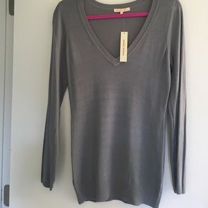 Sweet Romeo Sweaters - Grey V-neck Sweater