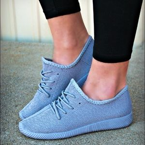 CHRISSIE-MARIE Uber comfy sneaks - GREY
