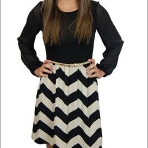 5th Culture Dresses & Skirts - Black & Cream Chevron Party Dress