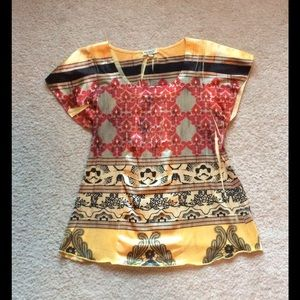One world  Tops - Woman's Asian like blouse.