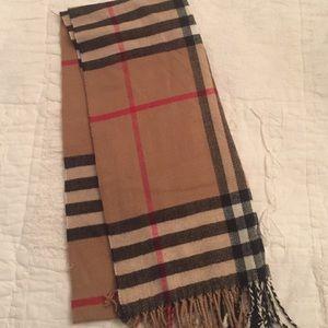 Look alike Burberry scarf!