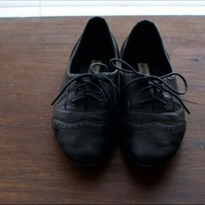 Shoes - Oxfords flats