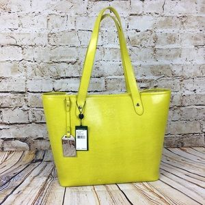 Ralph Lauren Handbags - NWT Authentic Ralph Lauren Chartreuse 'Newton'Tote