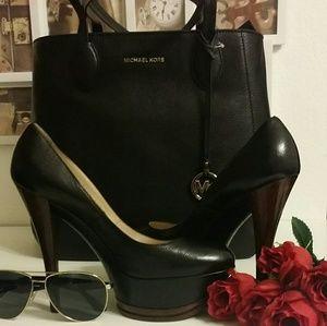Casadei Shoes - 👠👠MD SALE👠👠CASADEI Platform Pump BLACK