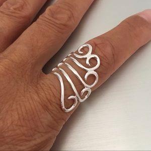 Jewelry - Sterling Silver Swirly Ring