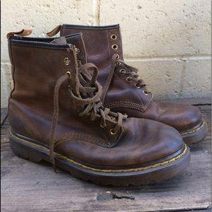 Dr Martens vintage 8 hole lace-up boots