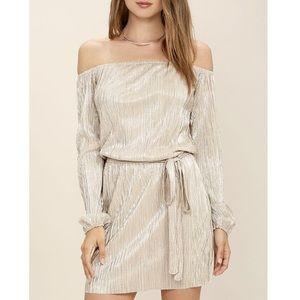 Dresses & Skirts - 🌟Platinum Cold-shoulder Mini🌟