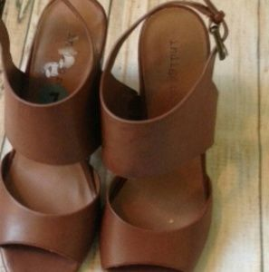 Indigo Tan Block Heel Sandals
