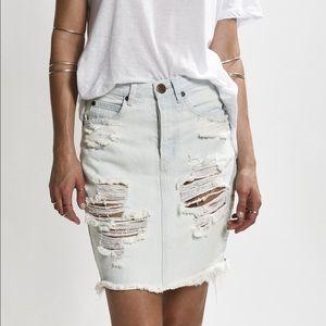 One Teaspoon Dresses & Skirts - One Teaspoon Distressed White Denim Skirt