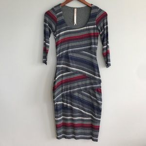 Bailey 44 Dresses & Skirts - Bailey 44 striped wrap midi dress with scoop neck