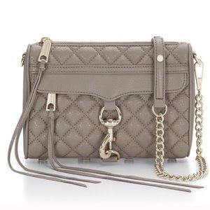 Rebecca Minkoff Handbags - SALE🎈Rebecca Minkoff quilted miniM.A.C. Crossbody