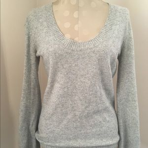 Old Navy 100% cashmere sweater Small