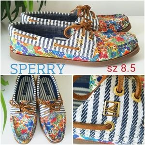Sperry Shoes - Like New!! Sperry boat shoes
