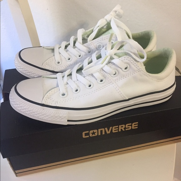 White conserve   never worn   -new with box f7886fef7