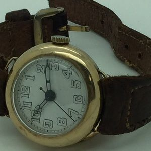 Longines Accessories - 14 kt gold longines aligator wrist watch