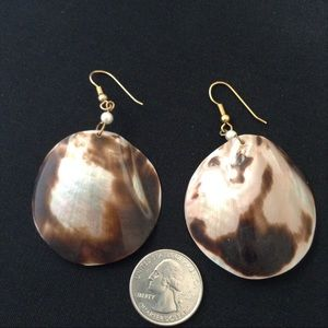 Vintage Large Round Shell Earrings