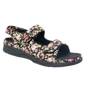 DREW Shoes - Black floral sandals, NIB, 8W