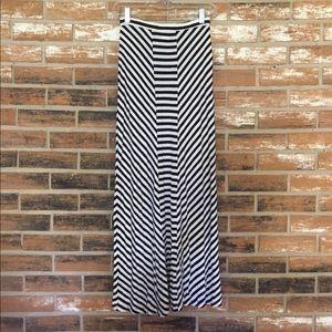 Design History Dresses & Skirts - Black and White Maxi Skirt