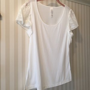 Tops - ☀️NWT white lace top