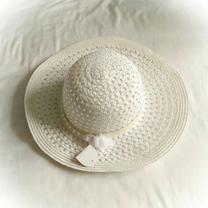 Other - ⭐Girls' Sun Hat in white