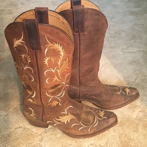 Shyanne Shoes - Shyanne Boots