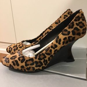 Kelsi Dagger Shoes - Kelsi Dagger Adore curved wedge in leopard pony