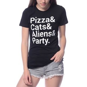 Jac Vanek Tops - Pizza Cats Black Graphic Tee Size M & L NWT