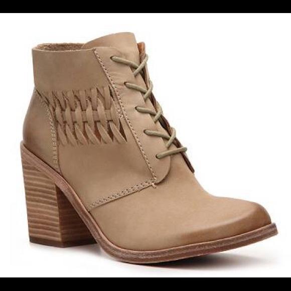 Modern Vintage Boot 33
