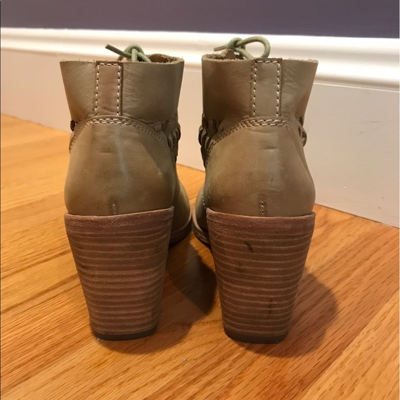 Modern Vintage Boot 76