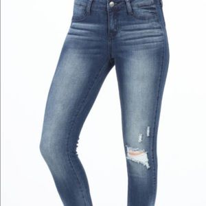 Distressed Skinny Ankle Jeans with zippers