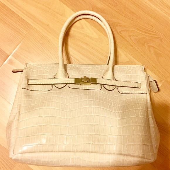 dcf25ea0ff Bags | Ivory Crocodile Print Turnlock It Bag | Poshmark