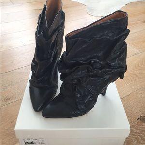 Maison Martin Margiela Shoes - Maison Martin Margiela Black Crinkle Boots sz7.5