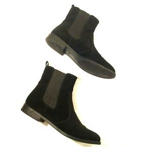 H&M black suede like boot bootie size 7 pullon