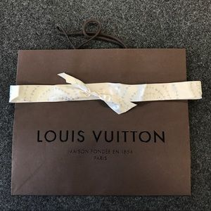 Louis Vuitton shopping bag with RARE ribbon